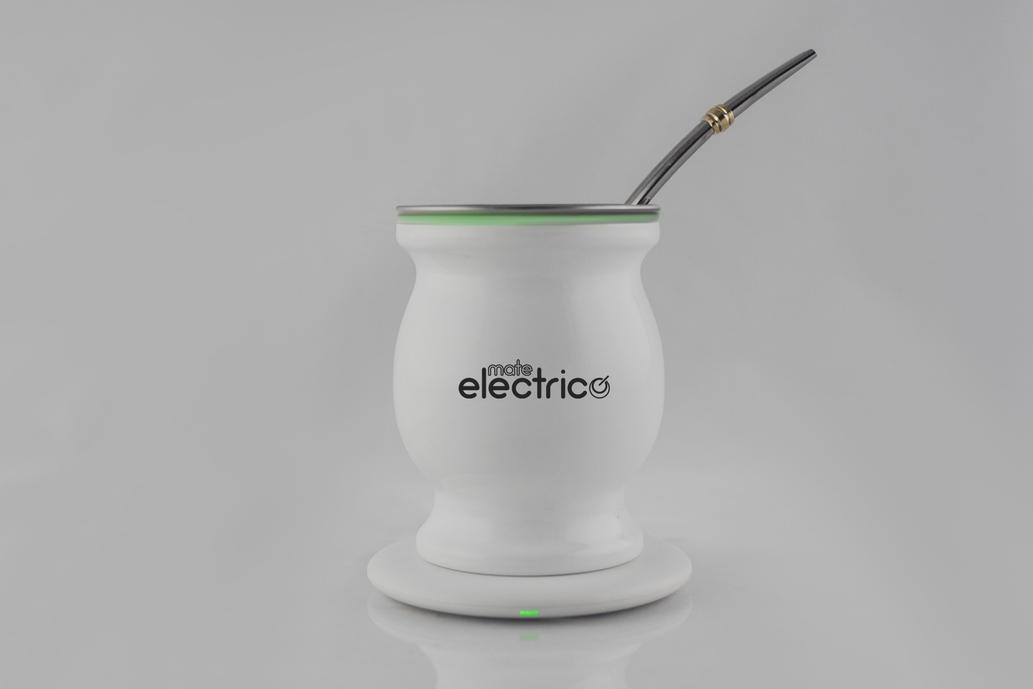 Invento argentino: crearon el mate eléctrico que se carga vía USB y no lava la yerba