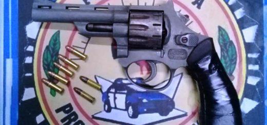 Detuvieron a una pareja armada que intentaba robar autos en Posadas
