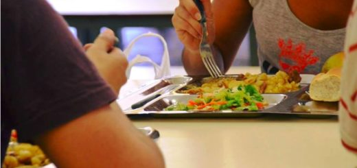 Comenzó a funcionar el comedor de la UNaM que se encuentra ubicado en el barrio El Palomar de Posadas