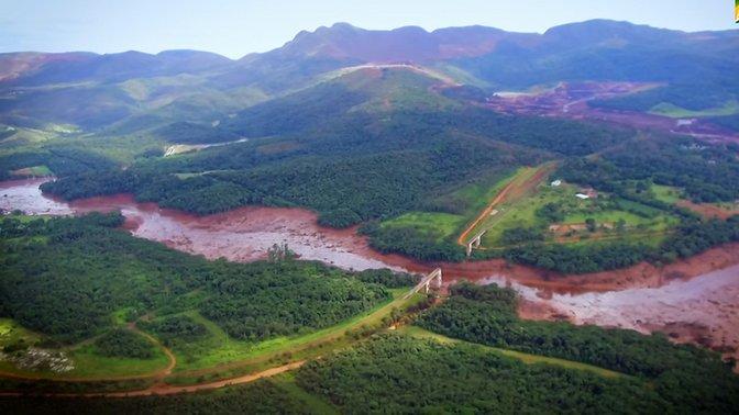 Desastre ambiental en Brasil: 157 muertos identificados en Brumandinho, crisis sanitaria y nuevas evacuaciones ante riesgos en dos minas de Vale