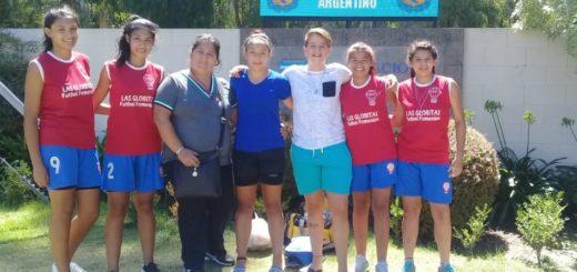 Fútbol femenino: Yamila Rodríguez se reencontró con sus ex compañeras de Huracán