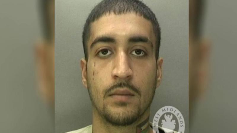 Lo condenaron a seis años de cárcel por entrar a robar a una funeraria y tener relaciones sexuales con un cadáver