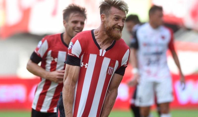 Superliga: Estudiantes se llevó un triunfo de local al derrotar a Patronato