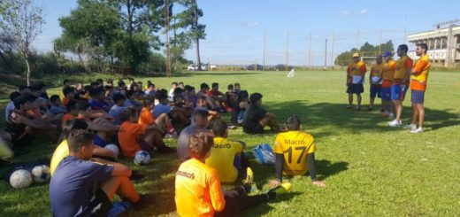 Fútbol: Crucero del Norte realizará pruebas de jugadores en sus categorías inferiores
