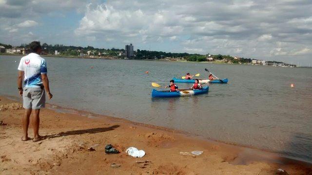 Mejoran la seguridad acuática para que más posadeños disfruten de actividades deportivas en el río