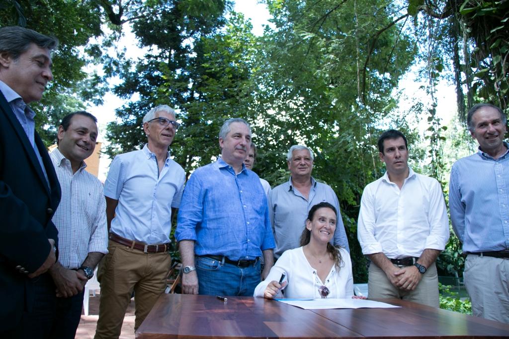 """Michetti: """"Estamos convencidos de que hay que usar más madera para darle un empuje a la industria forestal"""""""
