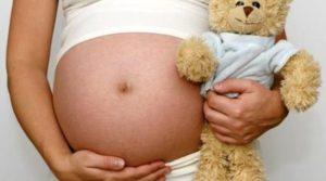 Una editorial polémica reavivó el drama de los abusos sexuales, violaciones adolescentes y embarazos no deseados: en el país hay un parto cada 3 horas de niñas de menos de 15 años