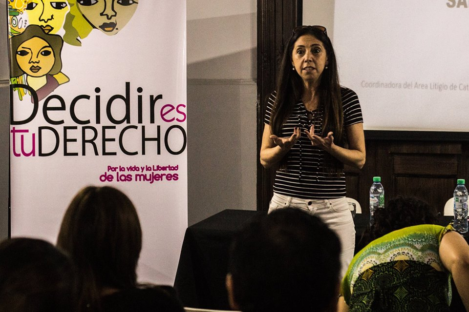 """Entrevista a la abogada feminista Soledad Deza sobre el tratamiento de situaciones de abuso sexual, ILE, abortos y ESI:""""Es peligroso convertir a toda niña embarazada en una niña violada"""""""