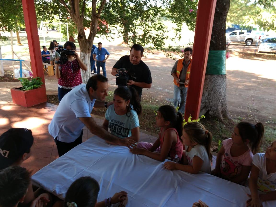 El vicegobernador Oscar Herrera destacó las actividades para niños y adultos del IPS con las colonias de verano