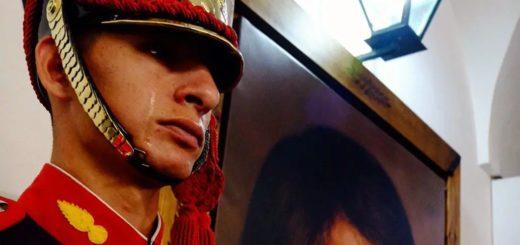Orgullo a flor de piel: es de Montecarlo el granadero que lloró frente a un retrato del General San Martín