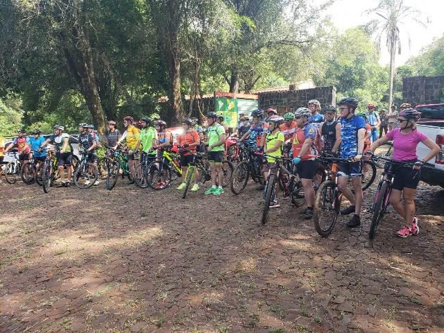 """95 deportistas participaron del encuentro de ciclismo de montaña """"Bike Race"""" en Santa Ana"""