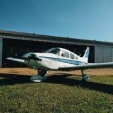 """Avión de Fly Bondi que venía a Misiones fue evacuado porque un pasajero mencionó la palabra """"bomba"""" a bordo"""