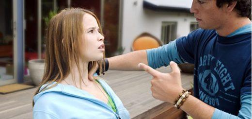 """Violencia de género en la adolescencia: advierten sobre las señales de cuando una relación se torna """"enfermiza"""""""