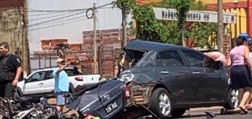 Video: el auto zigzagueando y a alta velocidad, minutos antes del trágico accidente contra un colectivo en Posadas