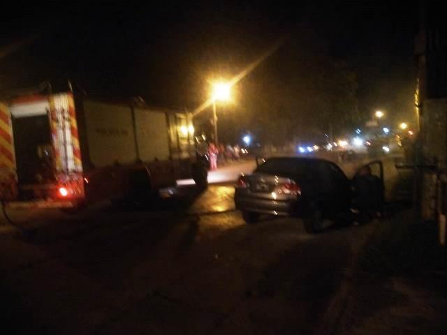 Posadas: un auto se prendió fuego en plena calle