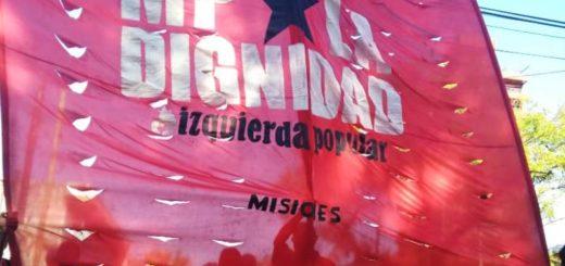 Manifestantes acampan frente al Ministerio de Desarrollo Social en Posadas y exigen herramientas de trabajo e insumos para comedores