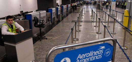 Desde hoy Aerolíneas Argentinas funciona como low cost y cobra por el equipaje en bodega