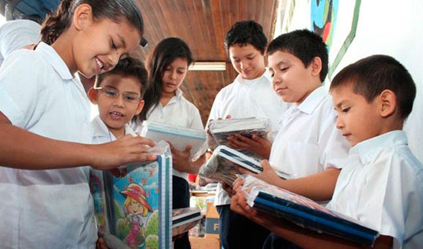 Desde ANSES recomiendan presentar los formularios para percibir la Asignación por Ayuda Escolar y especifican cuáles son los requisitos necesarios