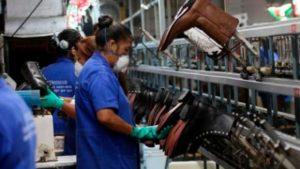 Según un informe de la Came, la producción de la industria pyme cayó 8,8% en enero