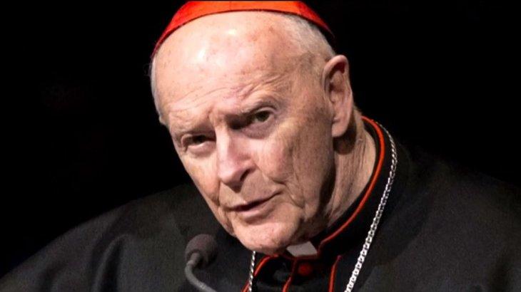 Vaticano: aplicaron la máxima sanción a excardenal acusado de pedofilia