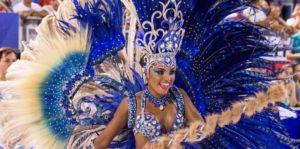 Los carnavales de Encarnación se despidieron con una noche a puro brillo