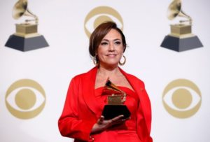"""Grammy 2019: la argentina Claudia Brant fue premiada por su disco """"Sincera"""""""