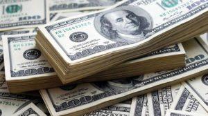 Según el economista Aldo Pignanelli, a fin de año el dólar estará por encima de los 50 pesos