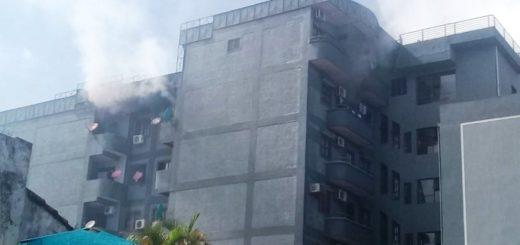 Se incendia un edificio en pleno centro de Encarnación