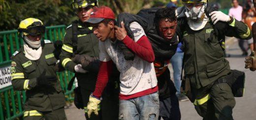 Venezuela: se siguen registrando incidentes con heridos en la frontera con Colombia