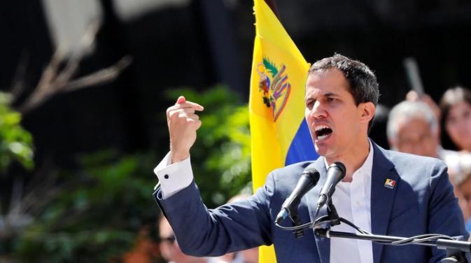 Maduro resiste la ayuda humanitaria mientras Guaidó apuesta al arte y a las relaciones internacionales para derrotarlo