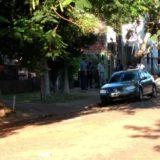 Asalto en Posadas: aún no encontraron el auto de los maleantes y la víctima tiene comprometida parte de la pierna izquierda