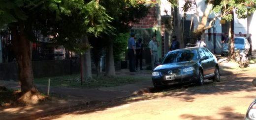 Violento asalto en Posadas: los delincuentes gatillaron dos veces antes de herir a la mujer y la escena fue presenciada por un niño de 9 años