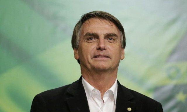 Brasil: Bolsonaro echó a un funcionario clave por sospechas de corrupción