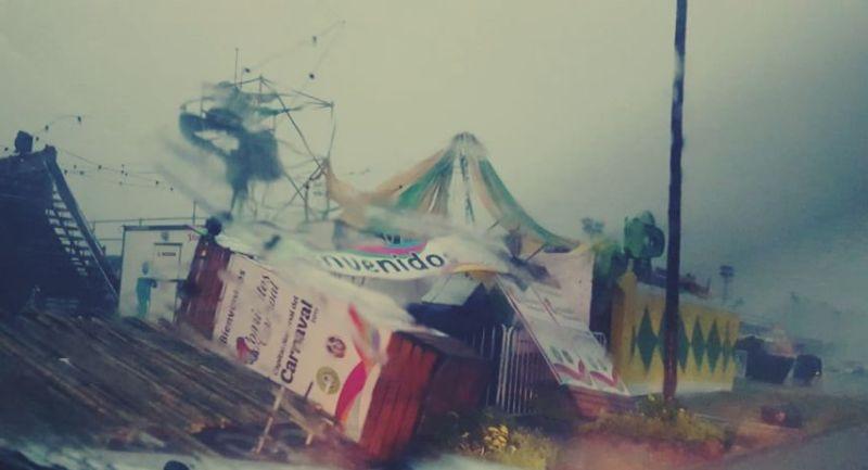 Fuerte temporal en Corrientes: se suspendió la segunda noche del carnaval