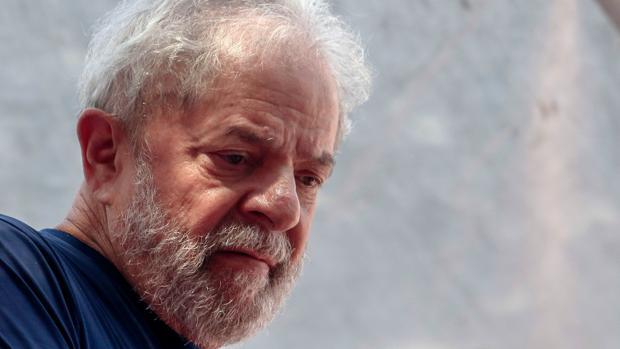 Lula da Silva fue condenado a 12 años y 11 meses de prisión en otra causa por corrupción y lavado de dinero