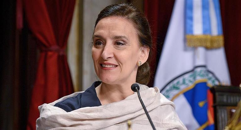 Gabriela Michetti llegaría mañana a Misiones para anunciar la construcción de viviendas