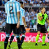 Boca se juega hoy su chance de seguir en carrera por el título ante Atlético Tucumán