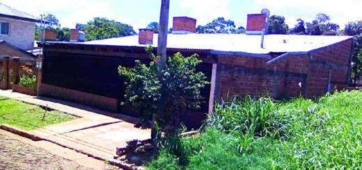 Casa de la discordia en Puerto Esperanza: la familia del gendarme dice que la recibieron legítimamente y que están dispuestos a pagarla