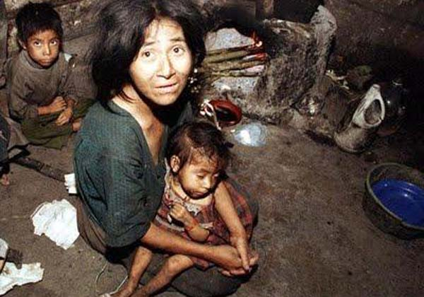 """La pobreza en primera persona: «hacía hervir una piedra y les decía a los chicos que estaba cocinando comida hasta que se dormían"""""""