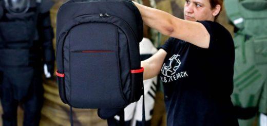 Lanzaron al mercado una polémica mochila antibalas para casos de tiroteos escolares