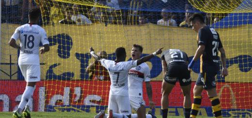Superliga: en la última jugada del partido, San Lorenzo venció a Central en Arroyito