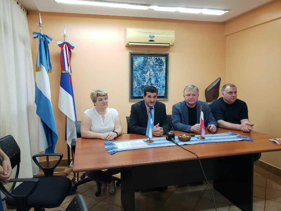 Eldorado: la Facultad de Ciencias Forestales firmará convenio de investigación y movilidad internacional con la Universidad Tecnológica de Bialystok Polonia
