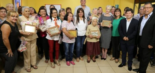 8M en Eldorado: entregaron reconocimientos a mujeres por su trabajo en la comunidad