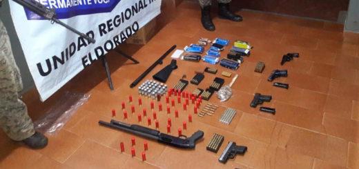 Fuertemente armado: la Policía de Eldorado detuvo a un hombre que portaba tres pistolas y escondía un arsenal en su casa