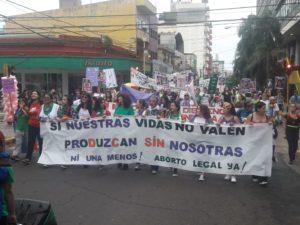 #8M: unas mil mujeres posadeñas marcharon contra la violencia de género y por el aborto legal