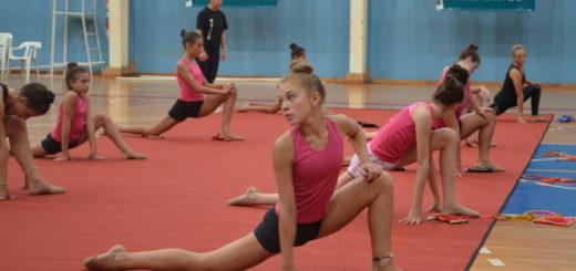 Gimnasia rítmica: capacitación para gimnastas seleccionadas de nivel A y B