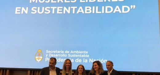 """Veronica Derna disertó en el encuentro nacional de """"Mujeres Líderes en Sustentabilidad"""""""