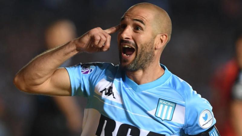Superliga: Racing derrotó a Belgrano y es el líder del campeonato
