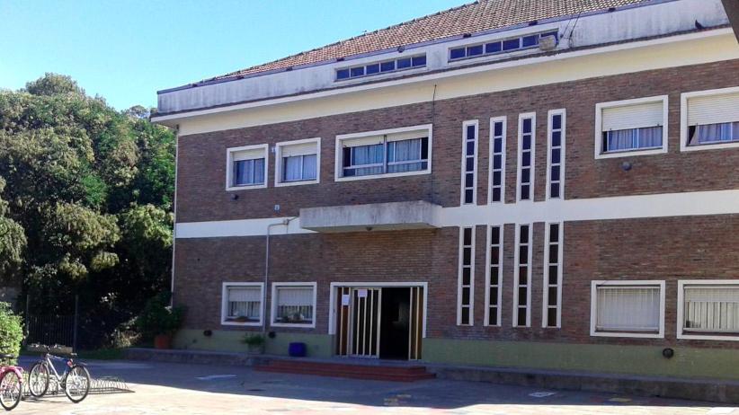 Buenos Aires: denunciaron a un profesor de educación física por abusar de nenes en un colegio católico