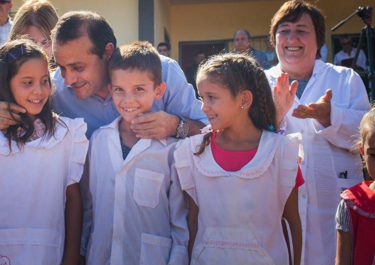 Oscar Herrera Ahuad participó de la inauguración de la Escuela Nº 869 de Piray Guazú